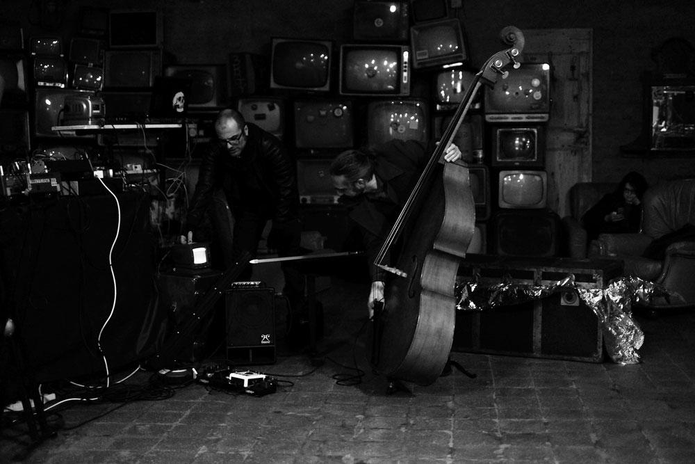 Alone [P. Sorrentino] + Andrea Lamacchia (ph: Antonella Di Tillo)