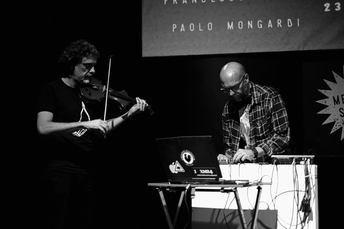 Nicola Manzan (Bologna Violenta) _Violin + Damiano Meacci (H725) _Live Electronics (ph: Mario Guida)