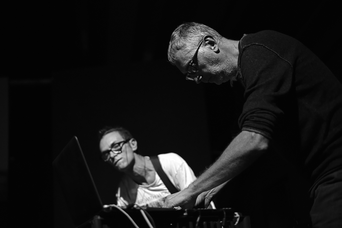Francesco Giomi _Live Electronics + Massimo Pupillo (ZU) _Bass (ph: Mario Guida)